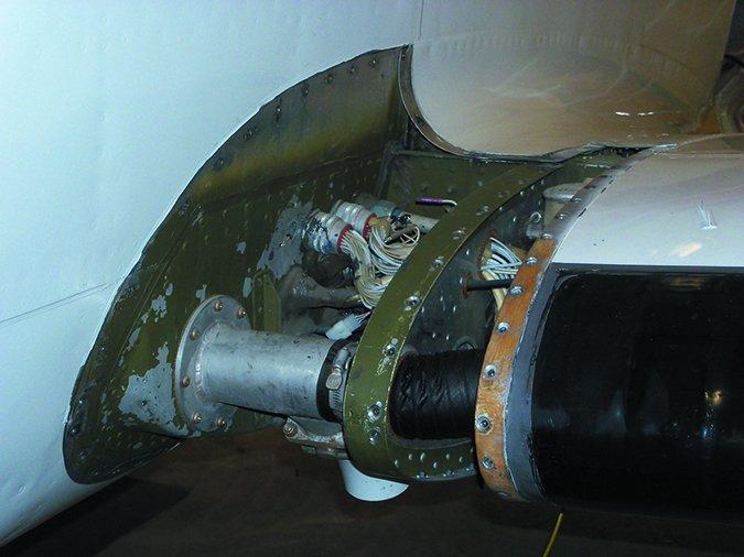 aircraft pressurization leaks