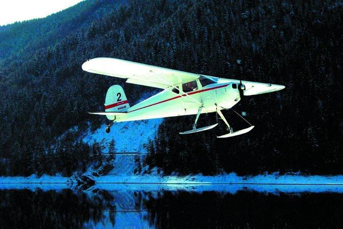 Cessna 140 skis