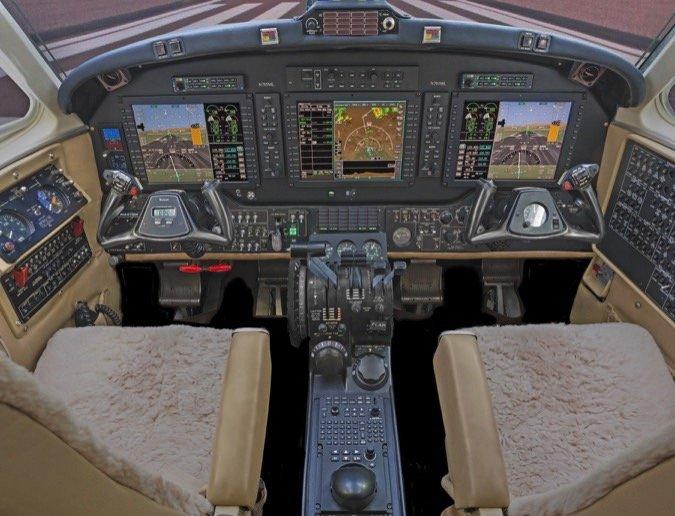 Bendix-King-KingAir-AeroVue-Cockpit06