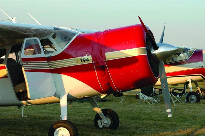 4 Cessna195Throttle