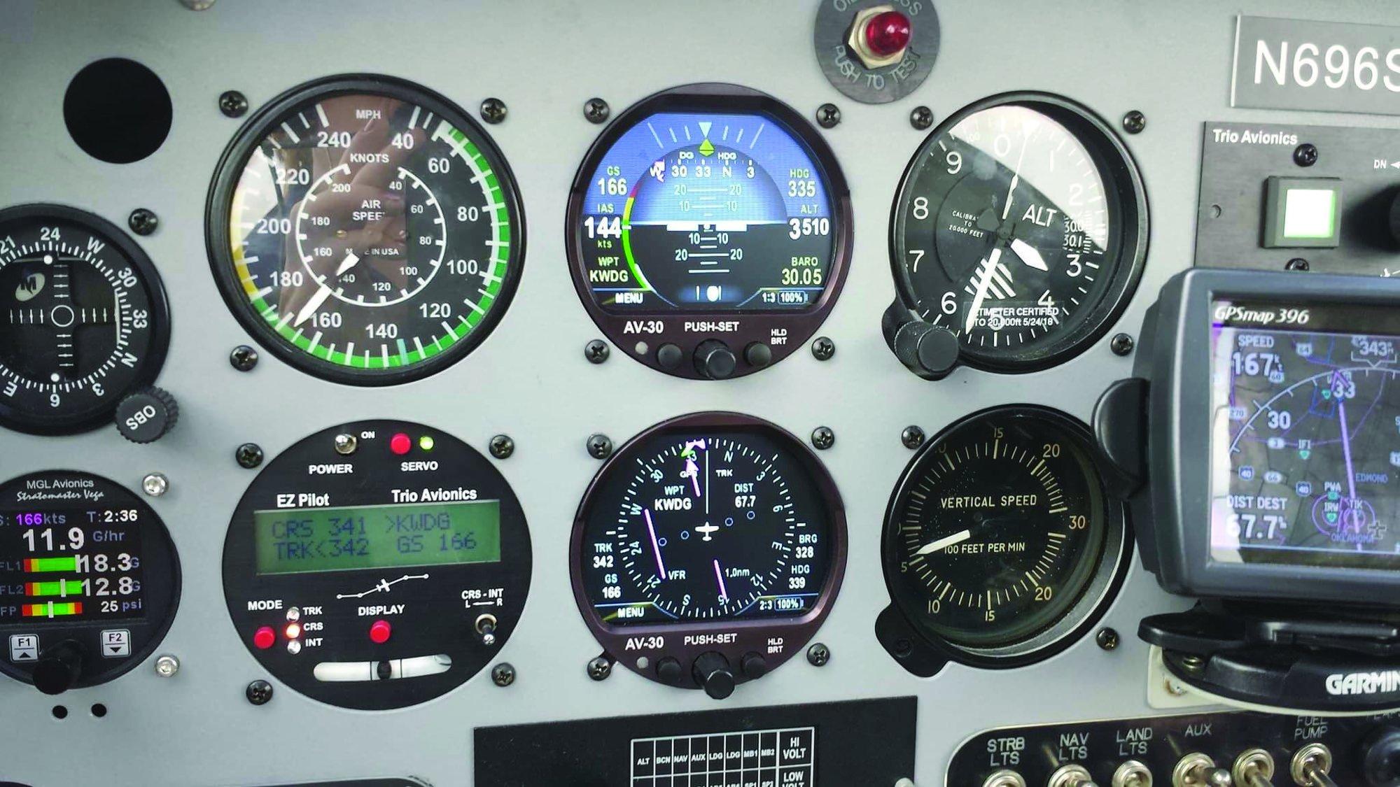 6 AV30 in panel